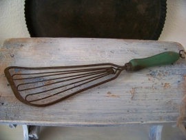 Spatel met groen houten handvat