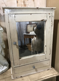 Brocante spiegelkastje