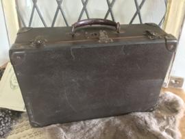 Donkerbruin koffertje