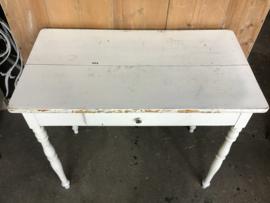 Tafeltje, side table