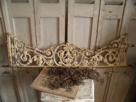 Oude Franse raamfrieze