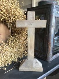 Oud houten kruis
