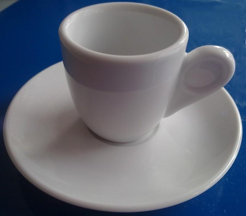 Grieks koffiekopje en schotel