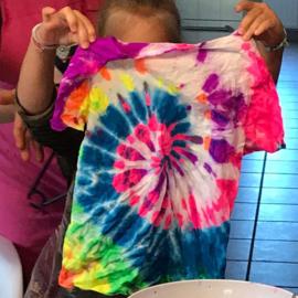 Kinderfeestje * Tie Dye Shirt! *