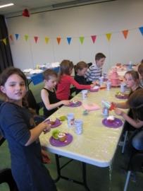 Kinderfeestje * Feestelijk zelfportret schilderen! *