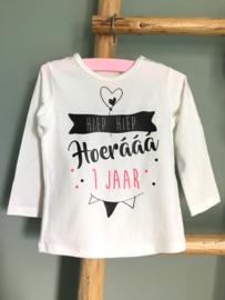 Hoerááá verjaardag shirt met 1 (of 2 of 3 etc.) jaar