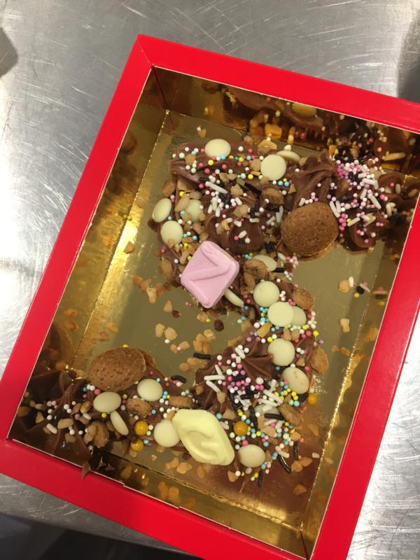 Chocoladeletter Sinterklaas maken - zaterdag 21 november 2020 * 13.30 uur