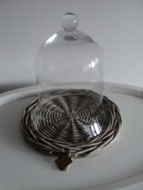Glazen stolp met onderbord