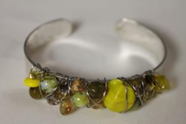 Geel armband