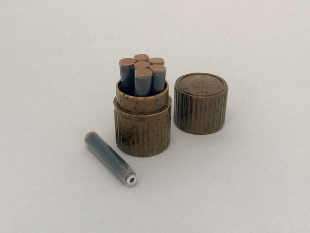 INK CONTAINER BROWN