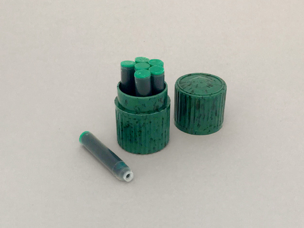 INK CONTAINER GREEN