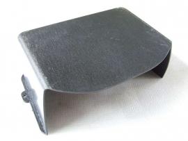 zwart kunststof accu afdekking (LAAG) (VAK B-67 + C-039)