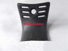 12 - Retro zwart kunststof inspectieklepje / benzineklep (VAK C-03)