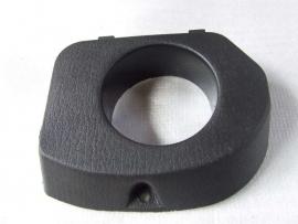 zwart kunststof afdekplaat benzinetank (VAK B-68)