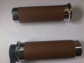 Handvat Links + rechts, kleur: bruin (VAK C-44)