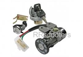 Slotenset + Tankdop + Zadel slot -+ 2 originele sleutels voor Speedy (VAK C-32A)