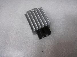 EURO 4 (carburateur) - Spanningsregelaar