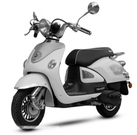 Neco Vico 125cc. - Uitlaat