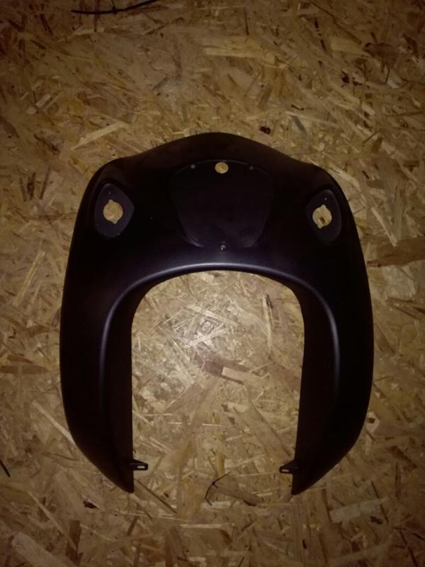 5 - Kappenset Voorkap/voorfront - type: Lancia - kleur: mat zwart