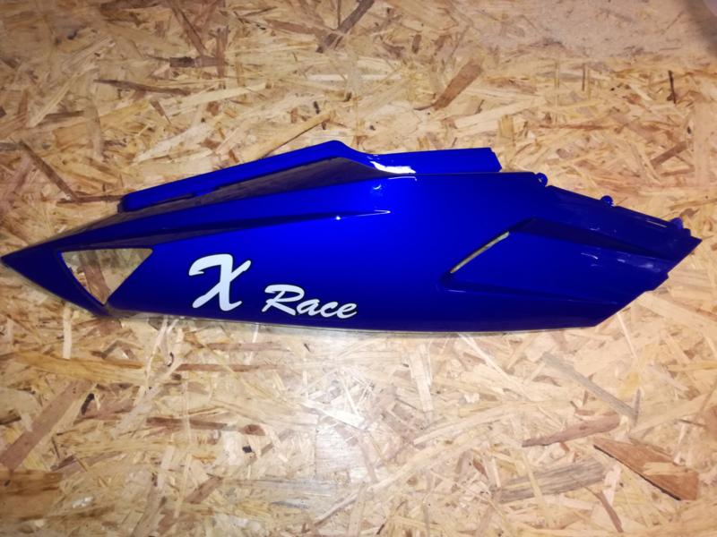 VOM - Xrace/F22 - Achterscherm Rechts - Blauw (met Logo) - (VAK Z-60.02)