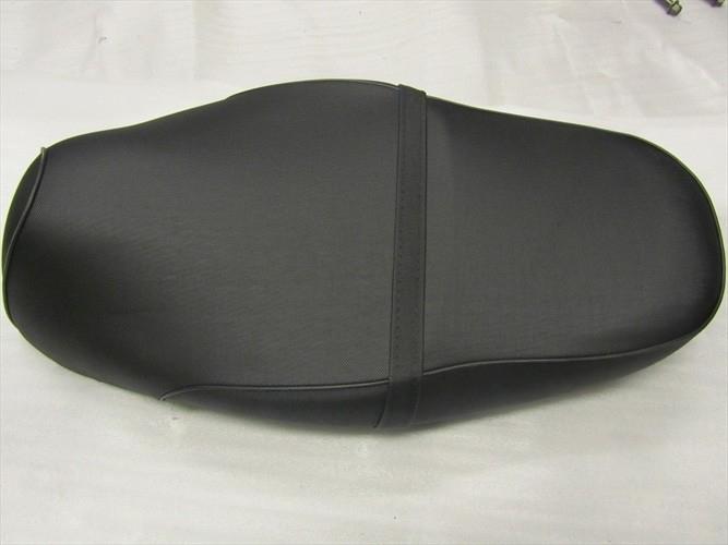 zadel (kleur: zwart) zonder logo (structuur) (VAK A + VAK Z)
