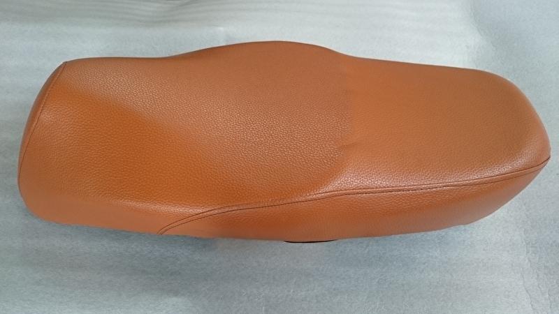 Zadel Retro - kleur: licht bruin (nr: 2101) (VAK A)