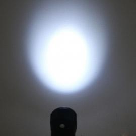 Oplaadbare aansteker zaklamp   ZILVER