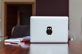 MacBook Sticker Uil