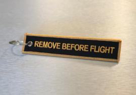 Remove Before Flight Sleutelhanger Zwart / Goud