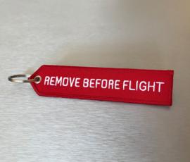 Remove Before Flight Sleutelhanger Rood | Pijlvormig