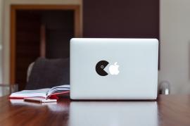 MacBook Sticker Pacman