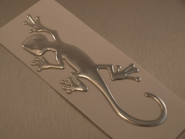 Chrome 3D Gekko sticker.