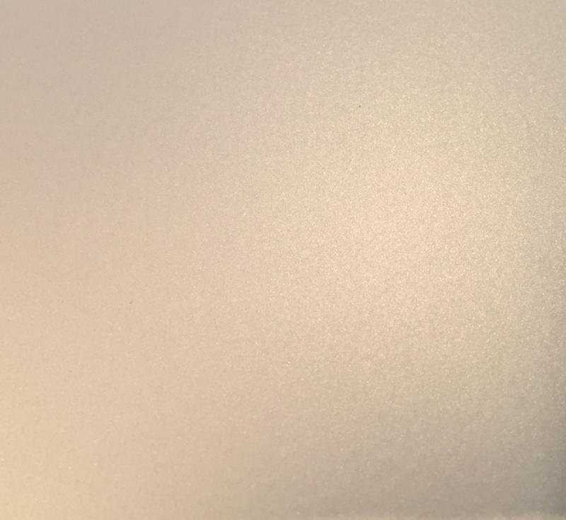 1000 x 152 cm Satin White Ghost Pearl Silver  Wrap folie