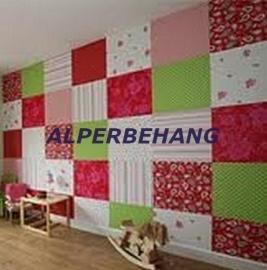 patchwork behang wit rood groen roze 155702
