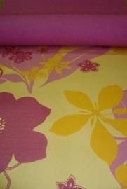 meisjes geel roze bloemen behang