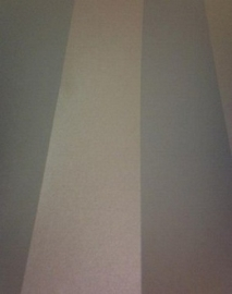 groen streepjes behang 6