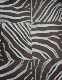 bruin wit zebraprint dierenprint behang 41