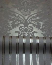 zwart zilver streepje of barok behang 8