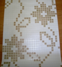 wit goud tegel behang blokjes ruitjes vierkantjes voor keuken of badkamer of gang