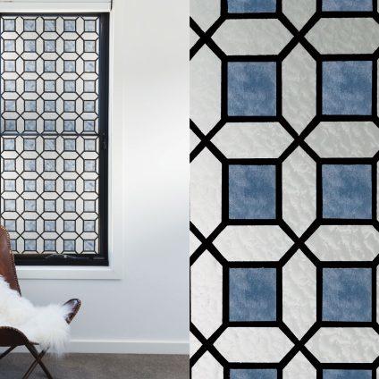 Raam Decoratie Blauw Ruiten Glas In Lood Xx012 Plakplastic Raamdecoratie Abcbehang De Grootste Behangwinkel Van Nederland Direct Uit Voorraad Leverbaar