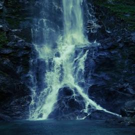 Fotobehang - Waterval - Hoge waterval - High waterfall