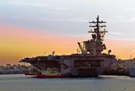 Fotobehang - Kinderkamer - Vliegdekschip - USS Ronald Reagan