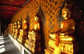 Fotobehang Boeddha - Golden budha - Thai Temple Bangkok