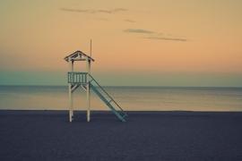 Fotobehang - Strand - Strandwachthuisje - Lifeguardhouse