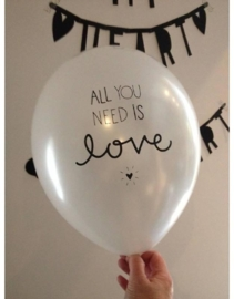 Ballon 'all you need is love'