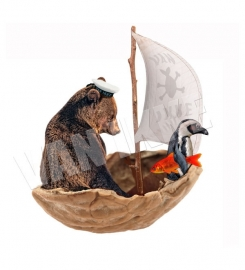 Wall decal Bear in a nut