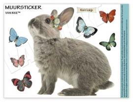 Kaninchen mit Schmetterlingen