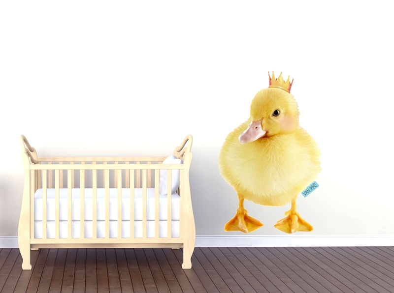 Wall decal Little duckling with crown