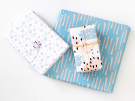 Wrapping paper | Blue twist