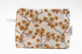 'Blossom' creme, make-up bag NILSEN